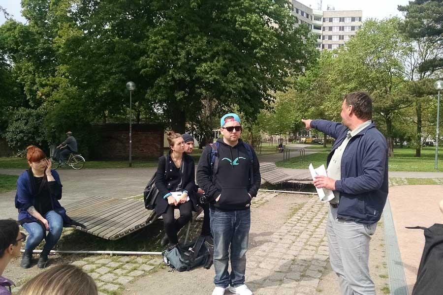 Stadtspaziergang durch Dessau mit Guido Fackiner und Alex Lech